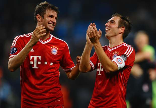 Lahm and Muller extend Bayern deals