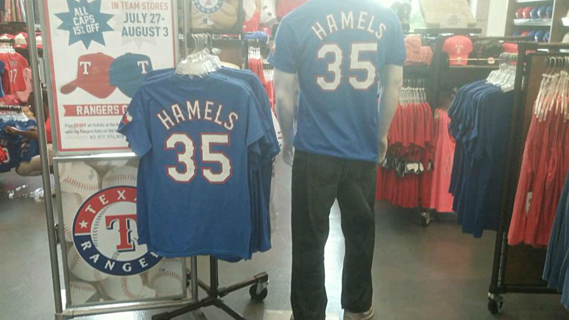 That was quick: Rangers already have Hamels merchandise on sale