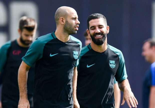 ماسكيرانو يعود للتداريب مع برشلونة ولكن... -