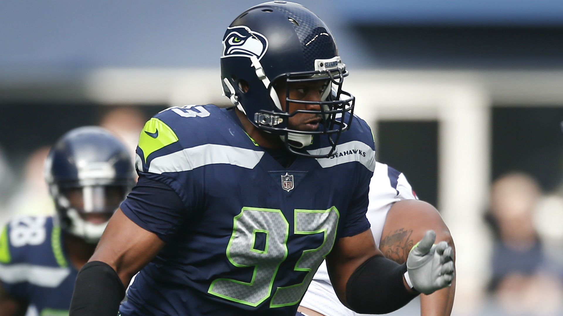 Dwight Freeney 'completely confused' by Seahawks releasing him