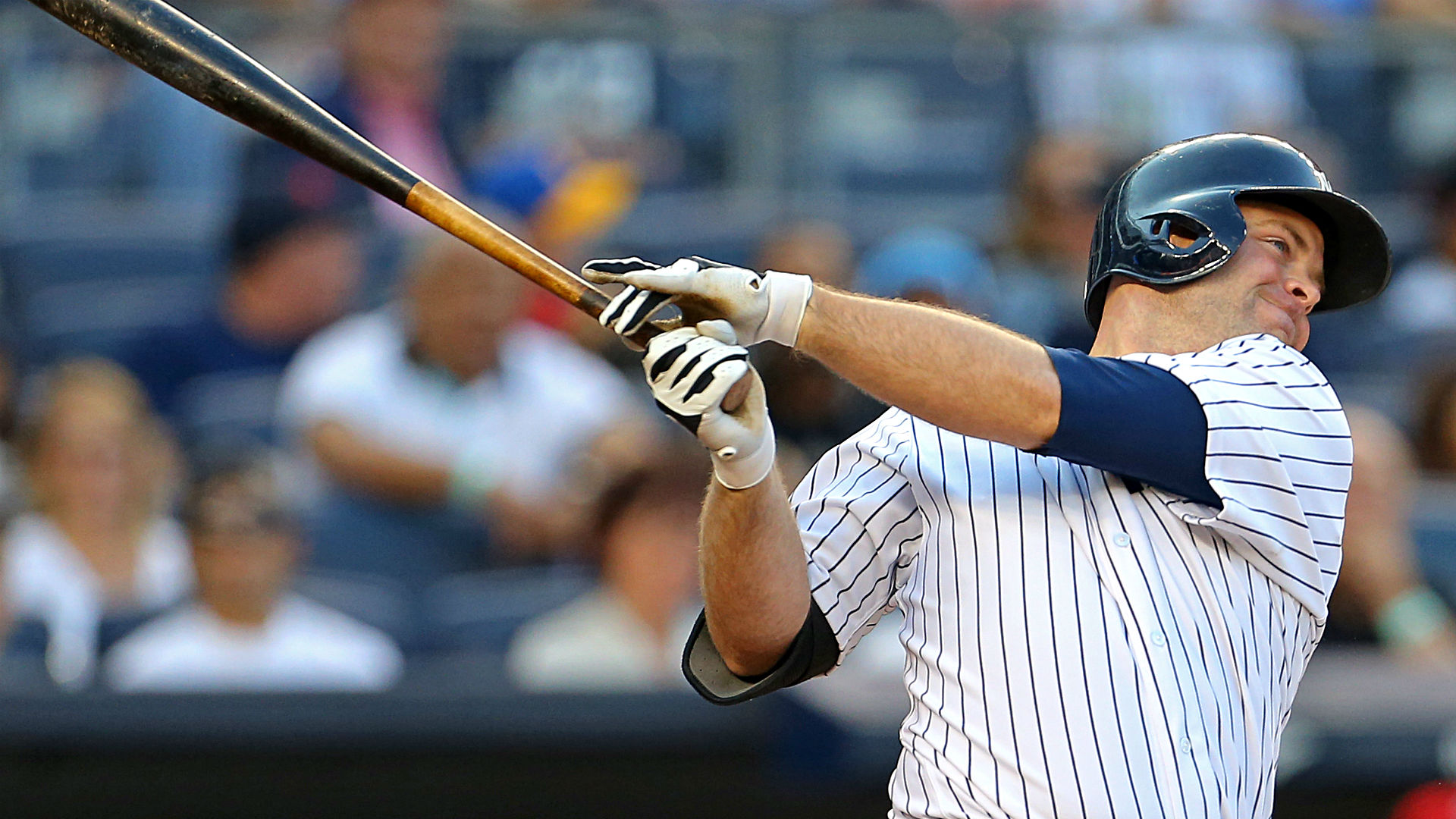 Brian McCann moves Yankees into AL East lead with walkoff homer