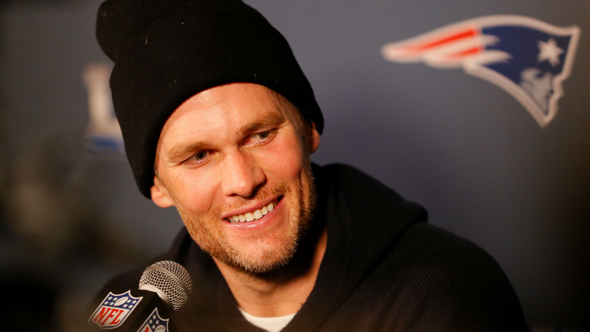 NFL news and notes: Patriots' Tom Brady has a new workout partner; Jets' Sam Darnold details 'rookie wall'
