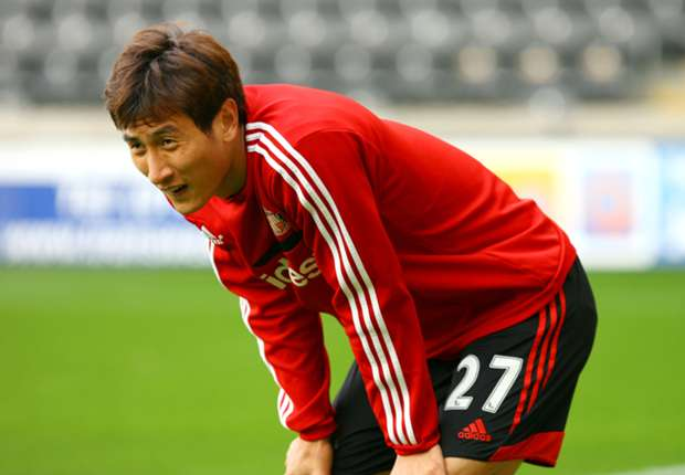 Ji Dong-Won joins Augsburg