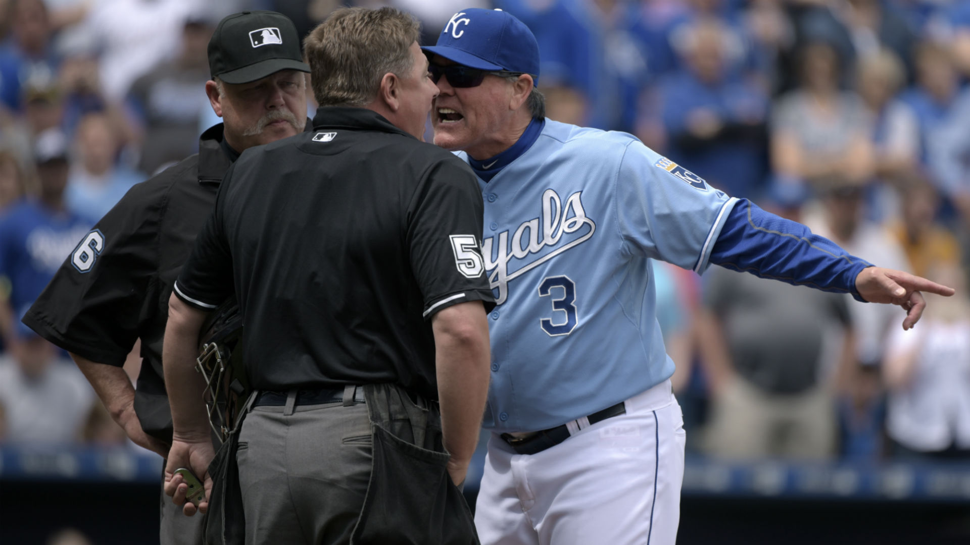Ned Yost ejected in latest Royals-A's flare-up