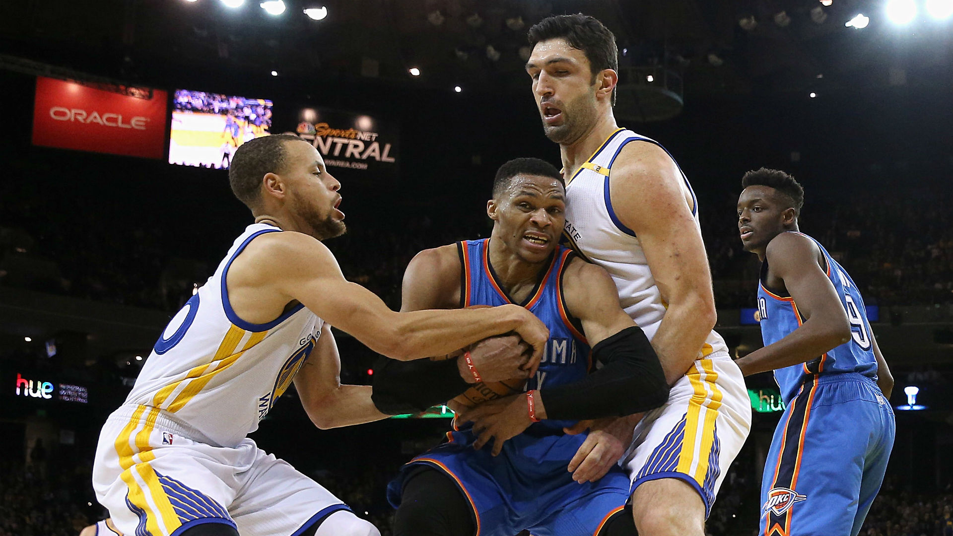 Kevin Durant leads Warriors past Steven Adams' Thunder