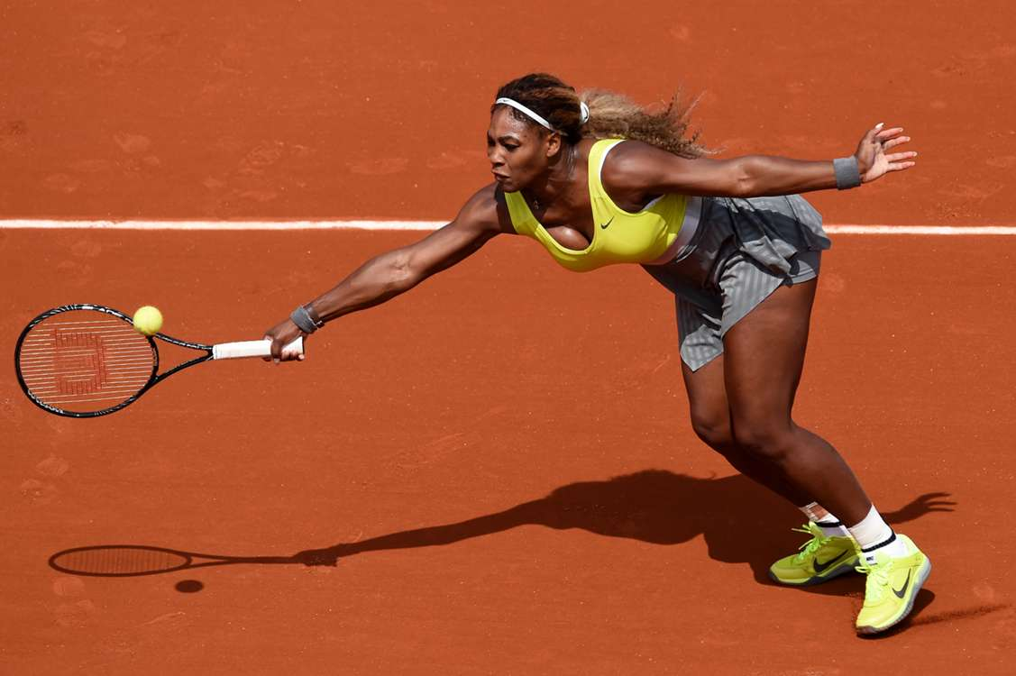 Williams, Radwanska safely through, Hesse brave in defeat
