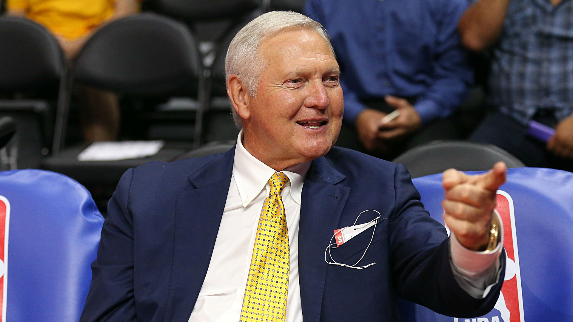 Jerry West says NBA logo should silhouette Michael Jordan