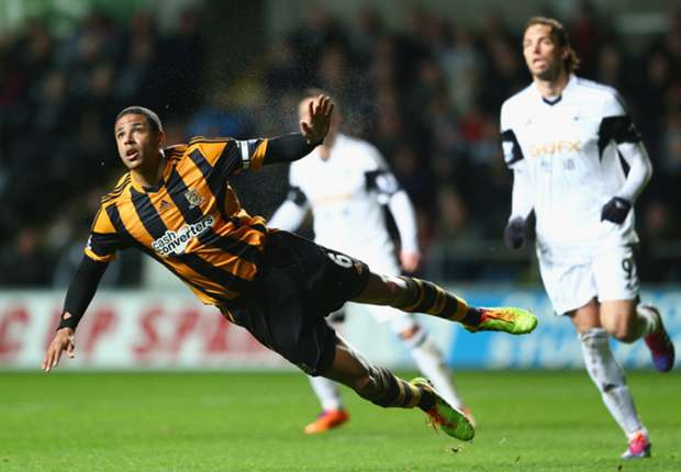 Curtis Davies going nowhere, vows Hull boss Bruce