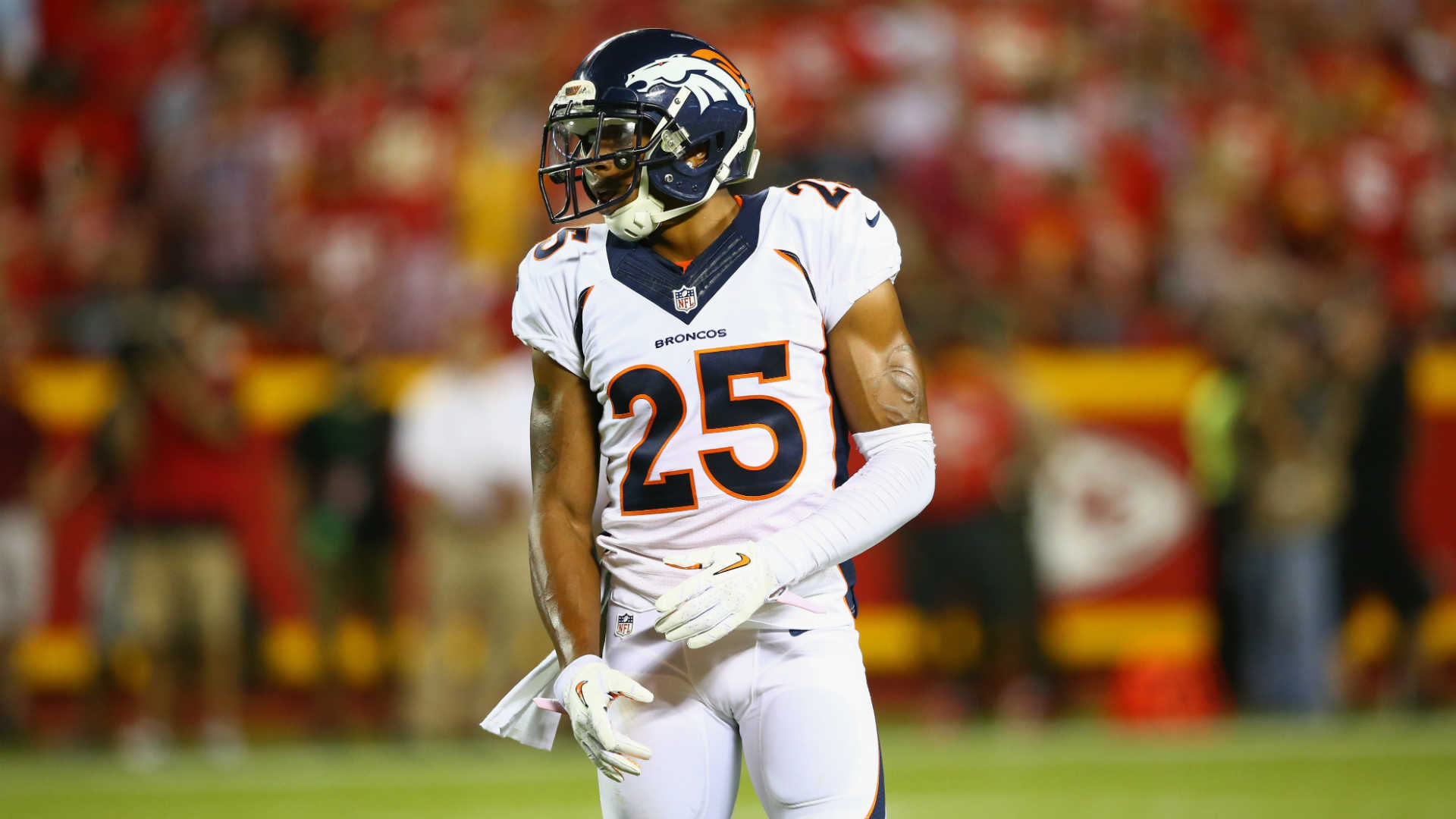 Broncos, Chris Harris Jr. discussing short-term deal, report says