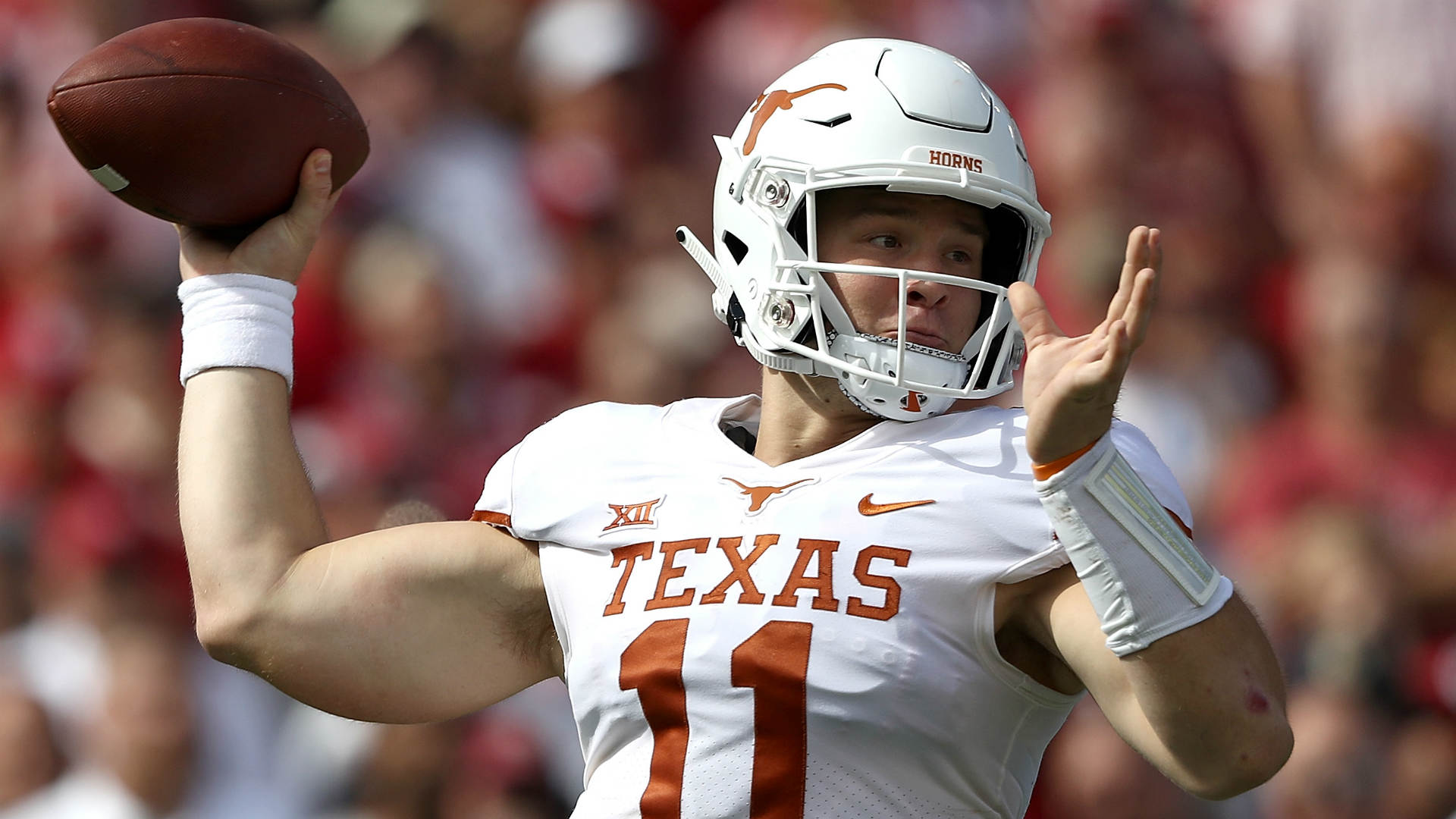 Sam Ehlinger injury update: Texas QB has sprained shoulder, MRI shows