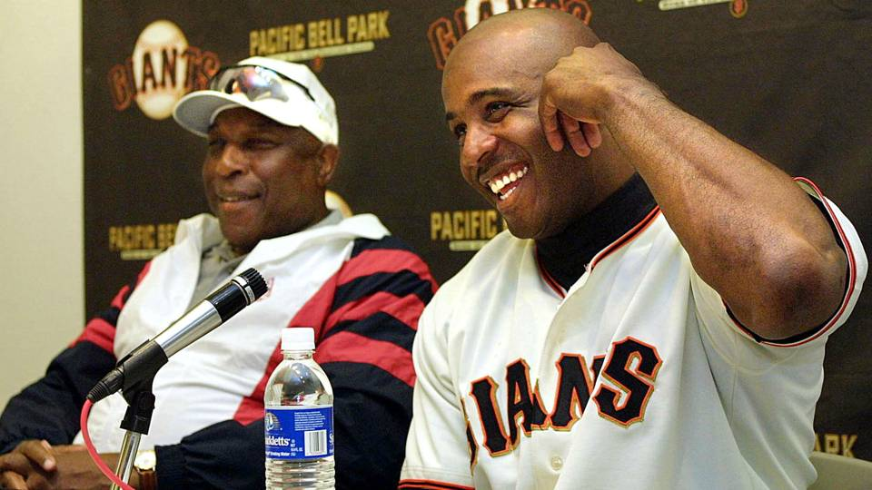 Willie McCovey (left) and Barry Bonds