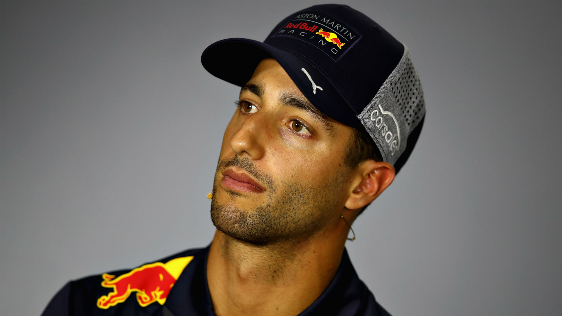 Ricciardo dismisses Ferrari talk