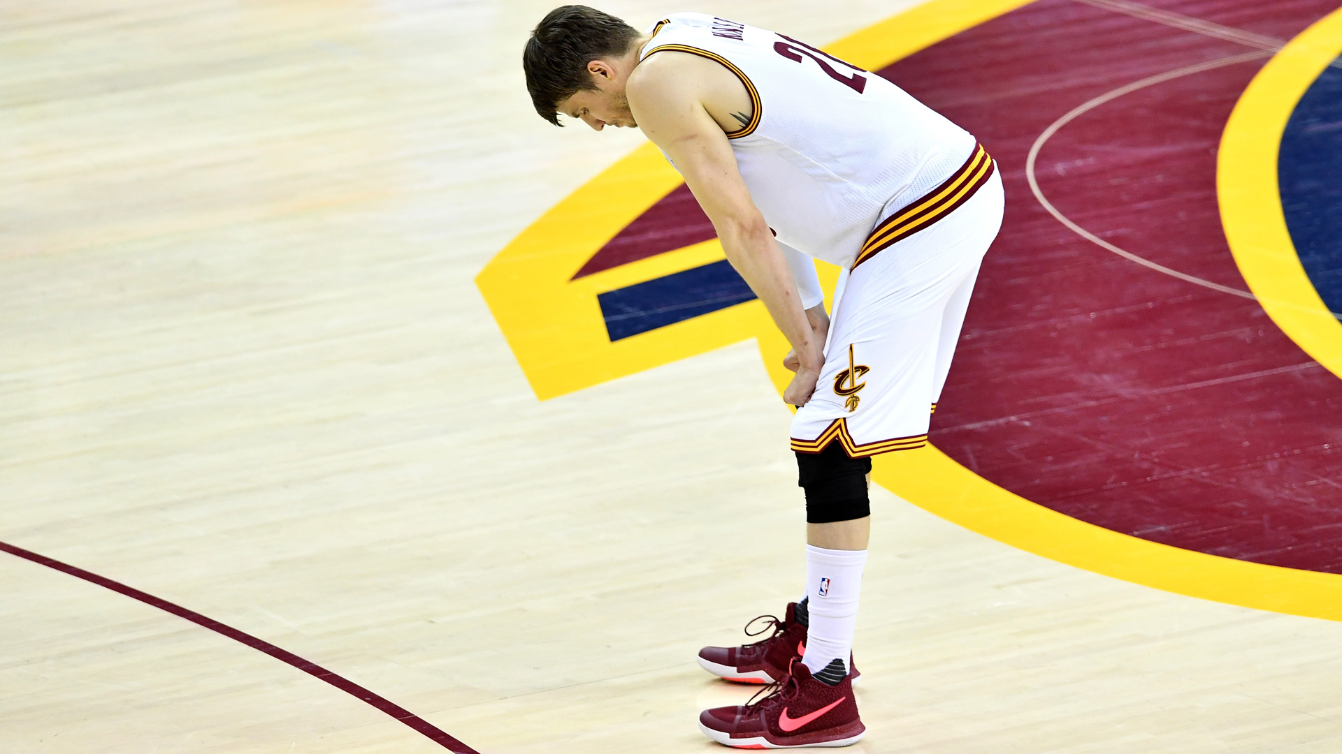 Kyle Korver excused from the Cavs after brother's passing