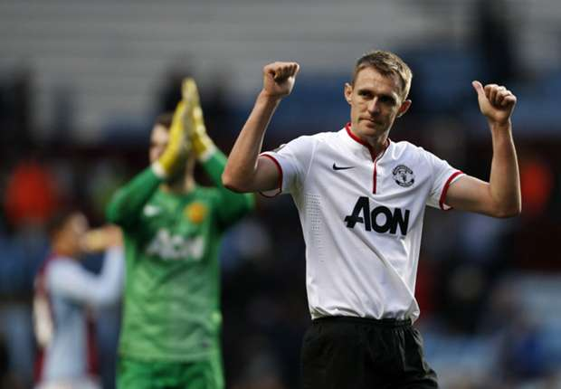 Manchester United midfielder Fletcher eager to 'make up for lost time'