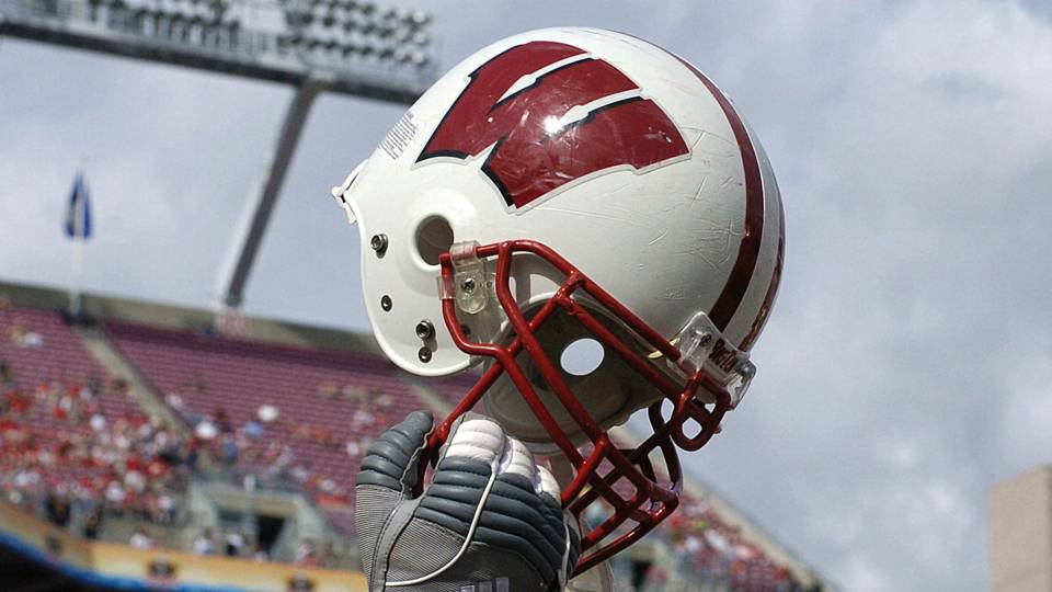 wisconsin-helmet-11417-usnews-getty-ftr
