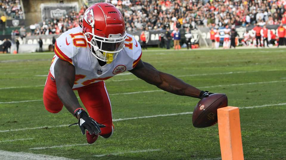 Police investigating Chiefs WR Tyreek Hill after alleged battery ... 89409a38d