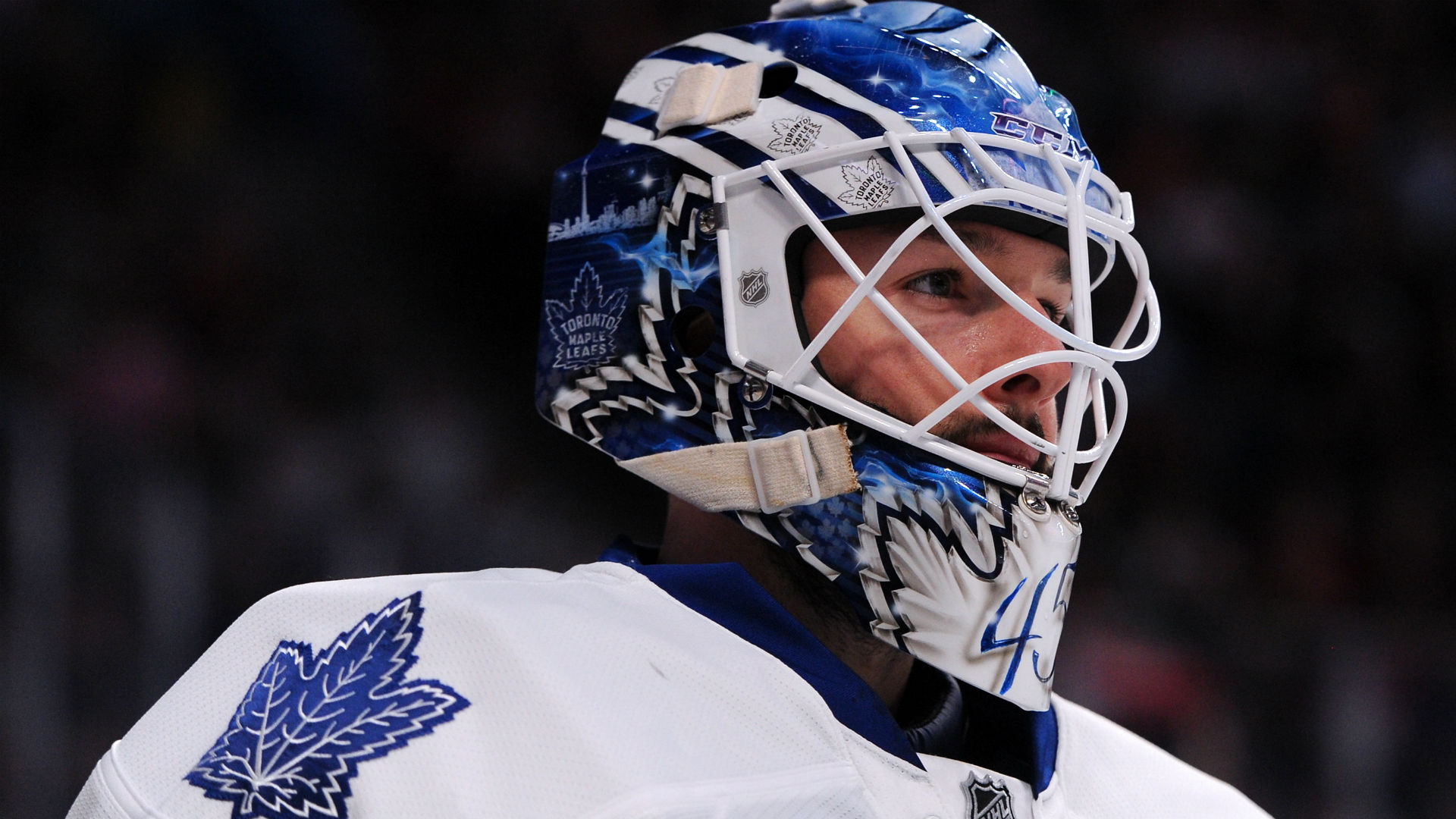 Maple Leafs re-sign Jonathan Bernier to 2-year deal