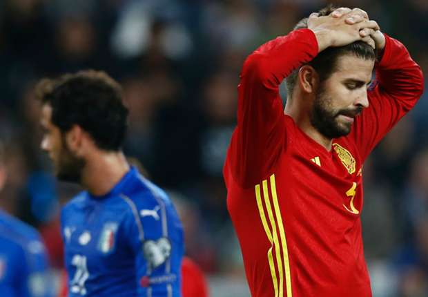Fuming Pique to quit Spain squad after sleeve uproar