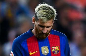 Bauza critical of Barca's Messi game management
