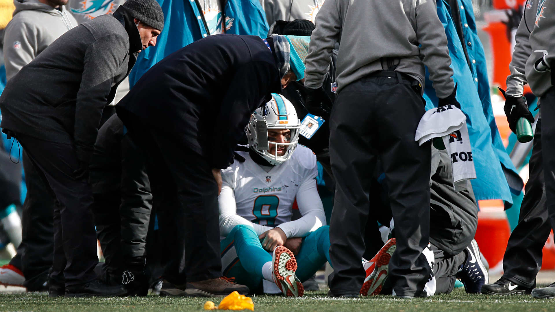 NFL review: Dolphins lax in concussion protocol on Matt Moore hit