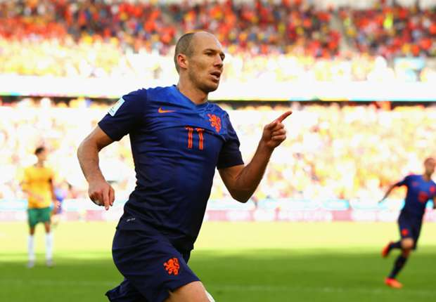 Robben is better than Messi, says Van de Kerkhof