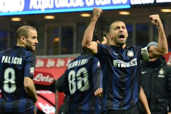 Mazzarri praises 'world-class' Samuel