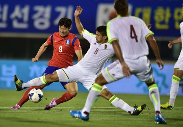 South Korea 3-1 Venezuela: Lee at the double following Stielike appointment