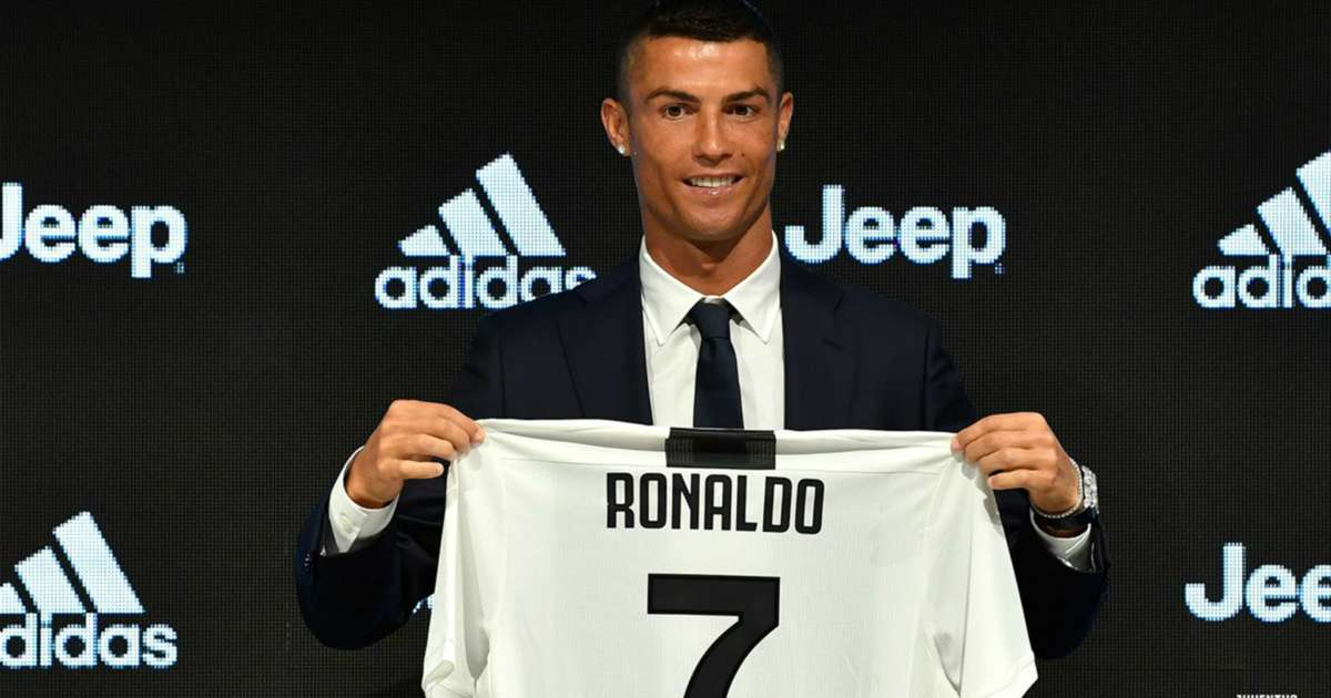 I Let Him Have It Spinazzola Ribs Ronaldo Over Juve Shirt Number