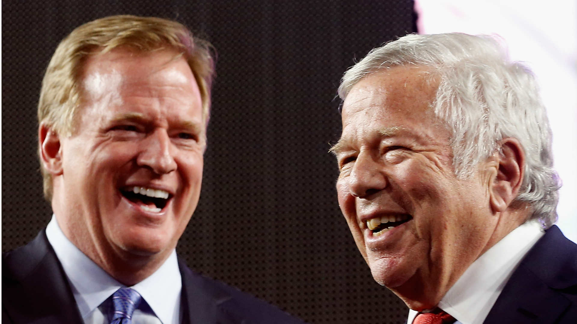 Roger Goodell, left, and Robert Kraft