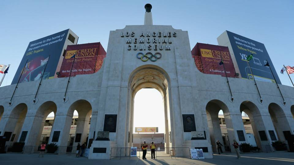 la-coliseum-011215-getty-ftr-us.jpg