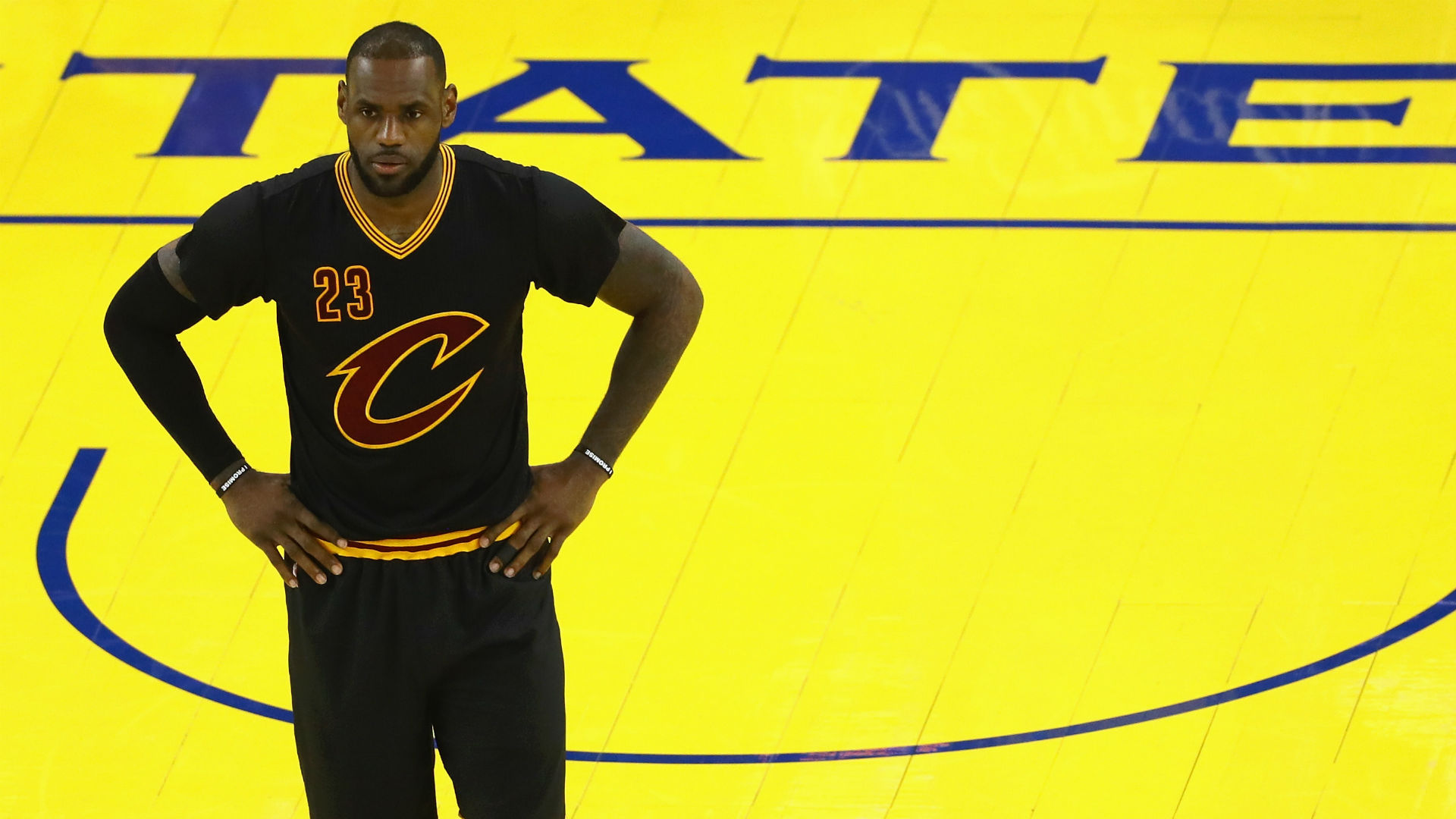 lebron james black cavs jersey