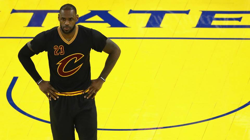 Cavs wore sleeves because LeBron James told them to  e8e1ea885