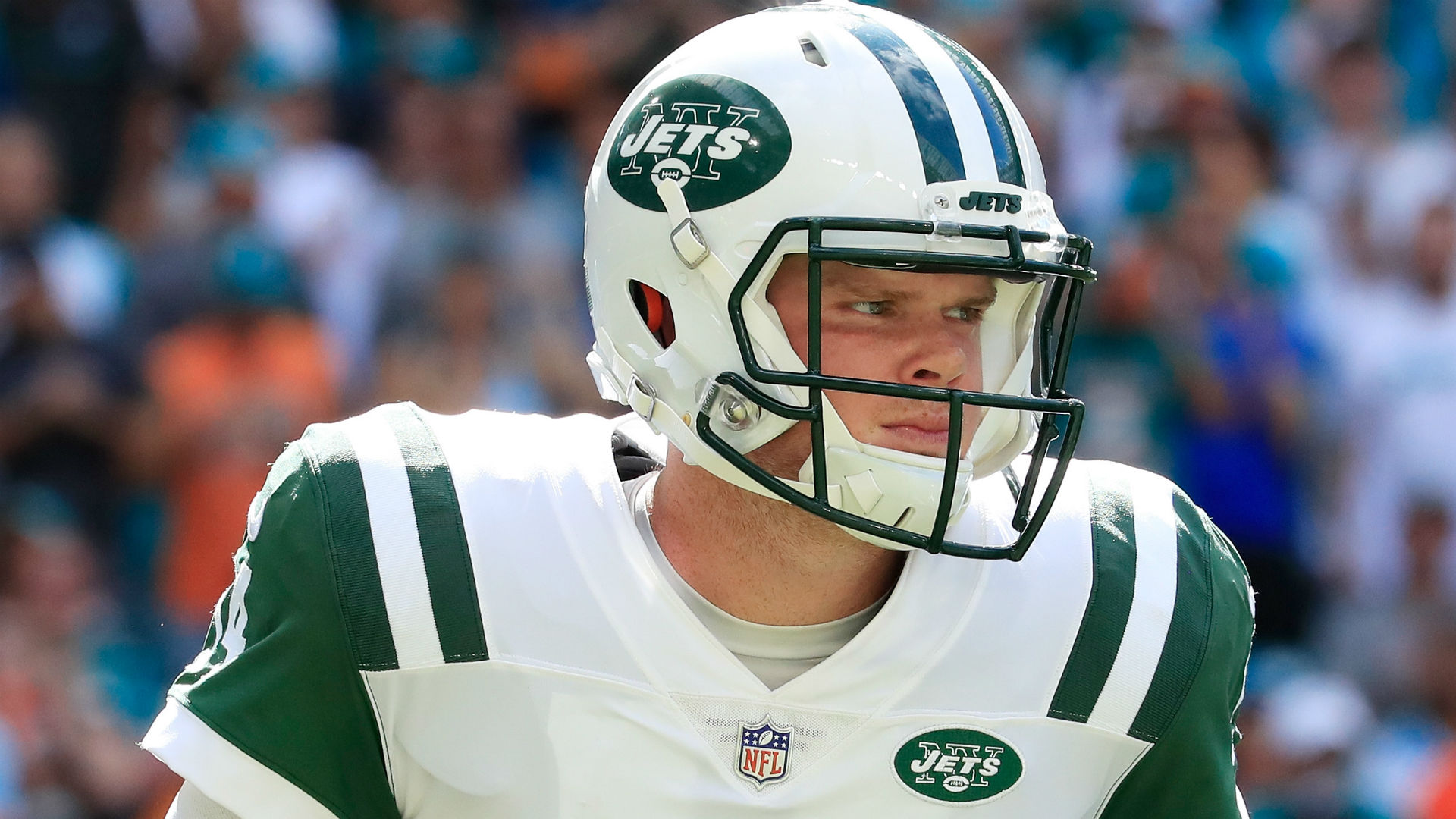 Jets QB Sam Darnold out for Week 10 action due to significant sprain, report says