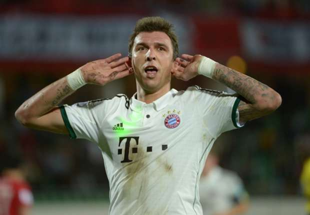 Elber expects Mandzukic to stay at Bayern Munich