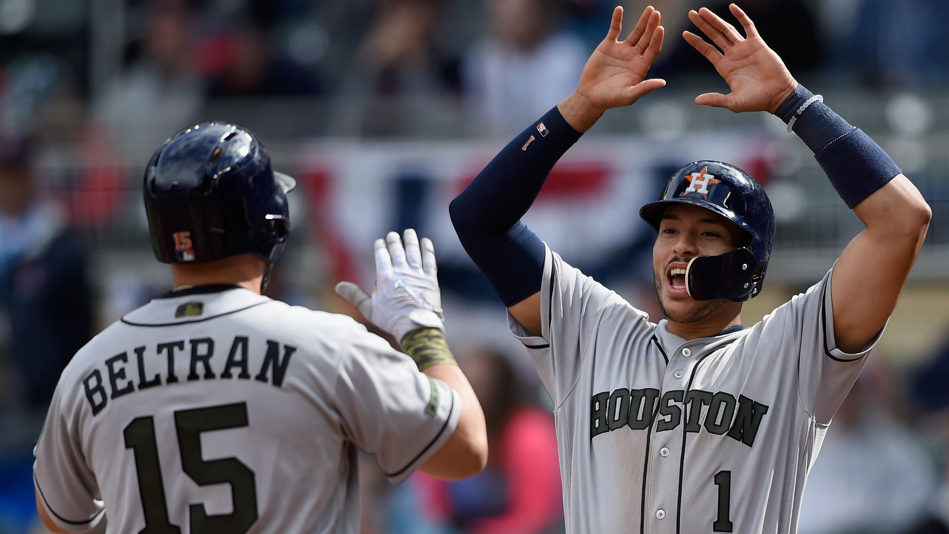 Astros Rally for 11 Runs in 8th Inning, Overwhelm Twins 16-8