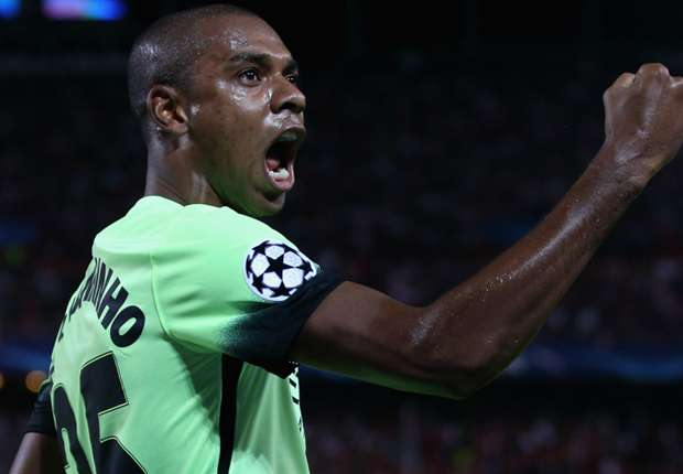 Fernandinho warns Pellegrini: I hate being subbed