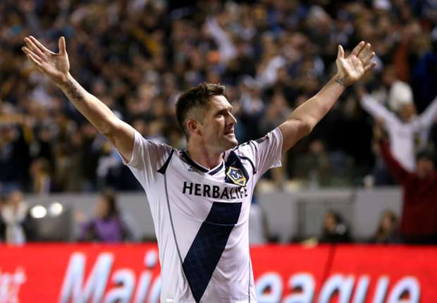 LA Galaxy sign Robbie Keane to contract extension