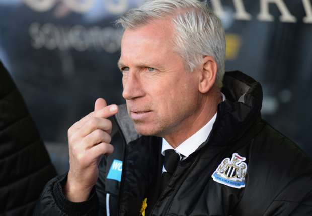 Pardew demands commitment for Premier League run-in