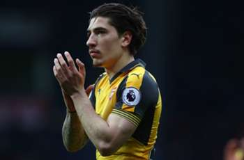 Suarez wants Arsenal's Bellerin at Barcelona