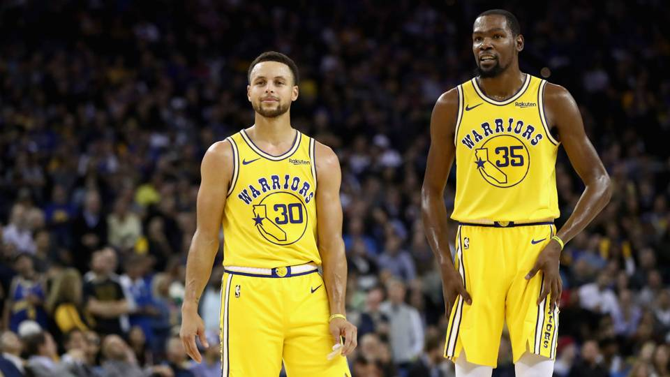 warriors rely on stephen curry to defuse team drama nba sporting
