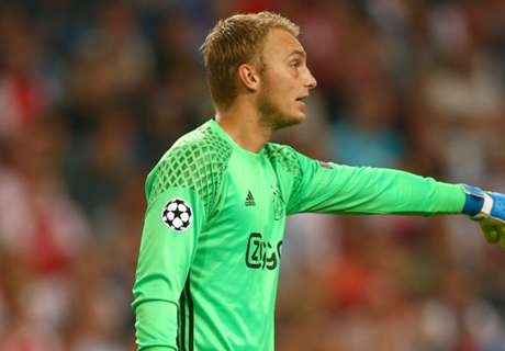 Cillessen eyes Barca number one spot