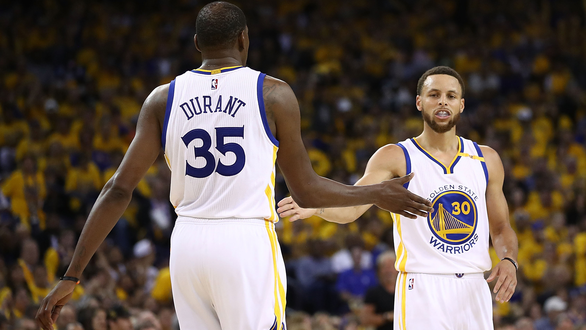 Warriors trounce Spurs, take 2-0 series lead
