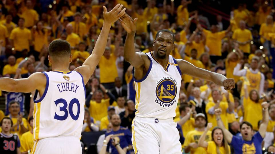 0e0e24893 NBA Western Conference preview  Everyone s looking up at the Warriors