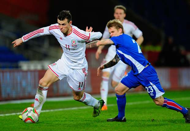 Wales 3-1 Iceland: Bale stars in rare Welsh win