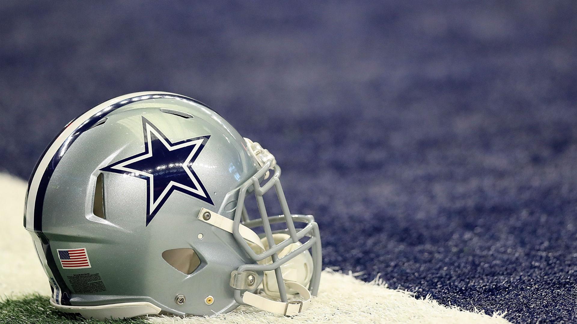 cowboys-helmet-021018-getty-ftr