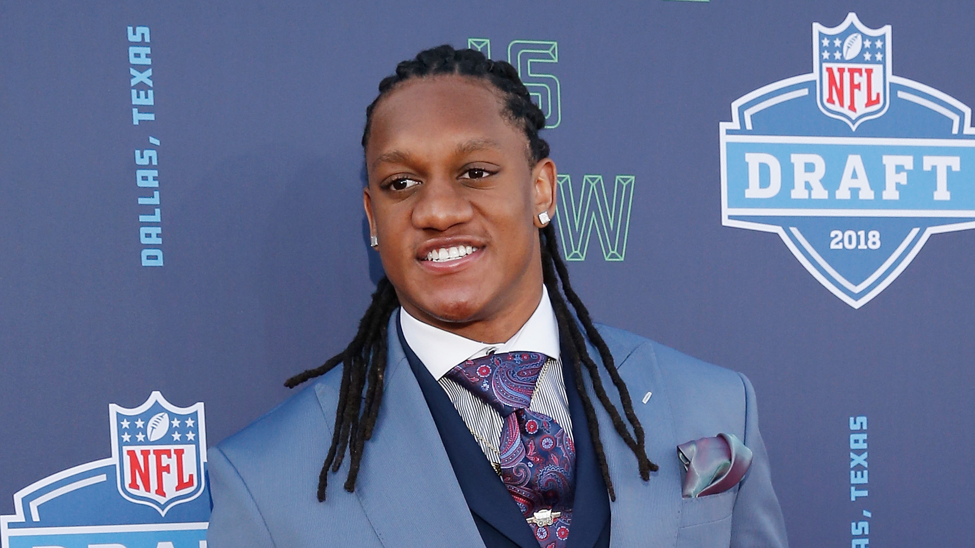 Bills trade up, draft LB Tremaine Edmunds 16th overall