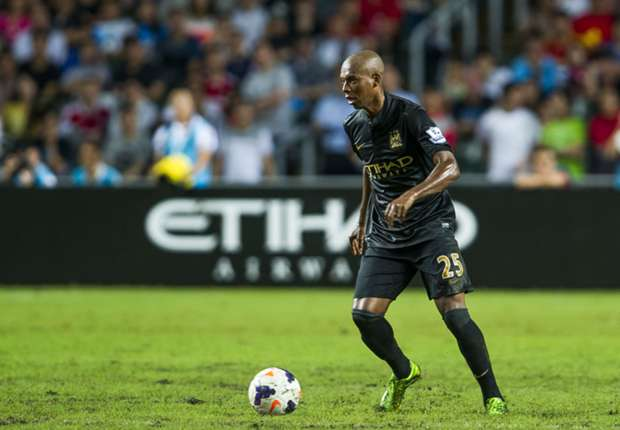 Manchester City's Fernandinho hopes to be fit to face Barcelona