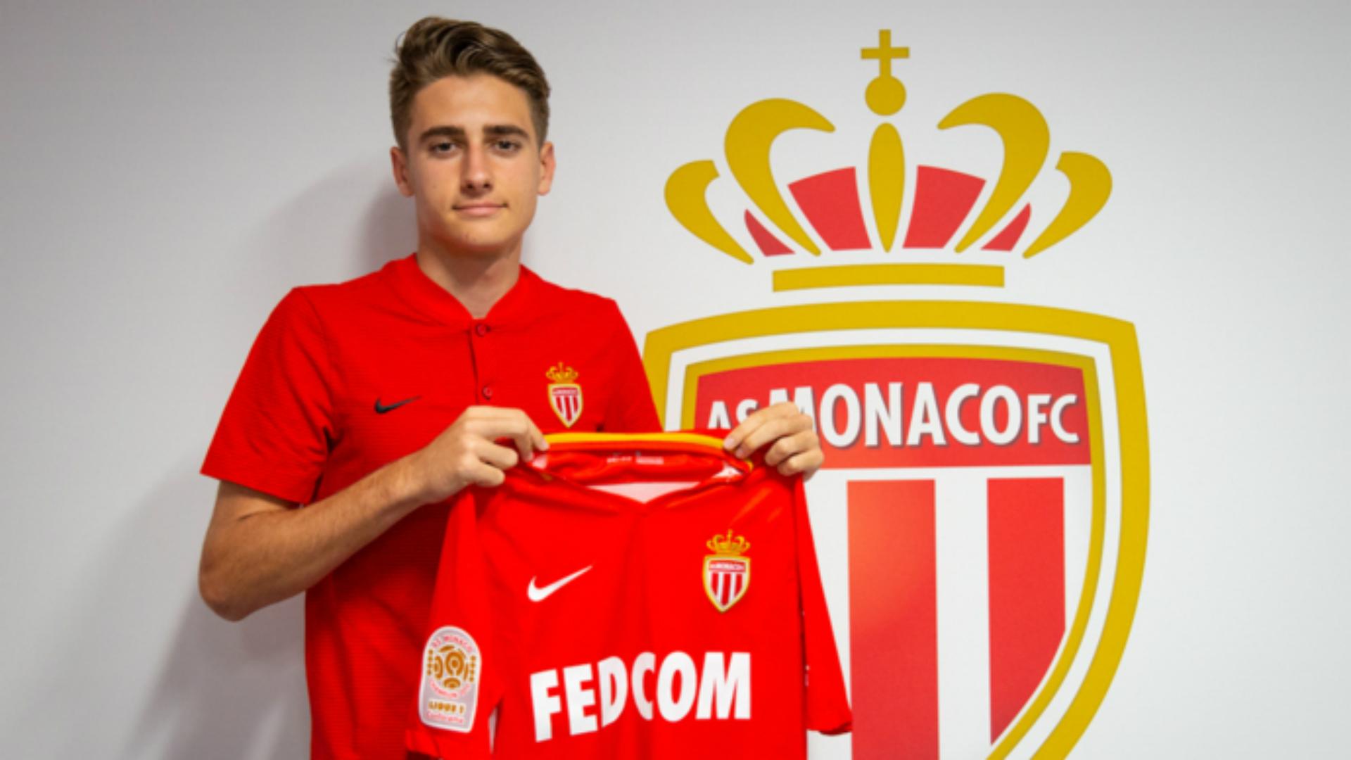 Monaco complete €20m move for Lyon teenager Geubbels