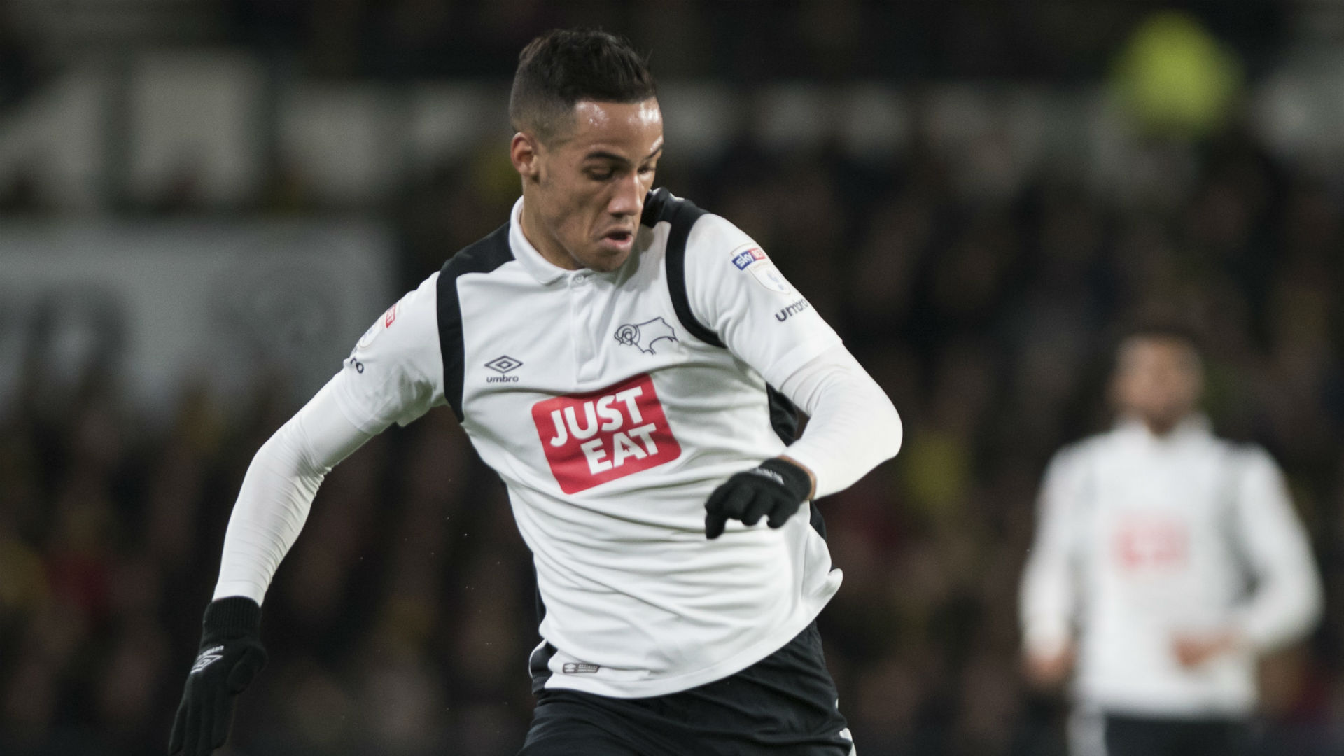 Huddersfield Town sign winger Tom Ince from Derby County