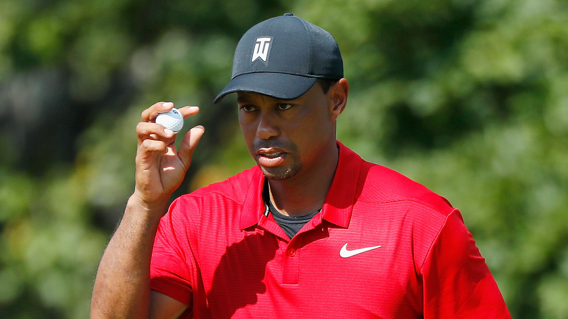 Tiger Woods is this close to winning Tour Championship